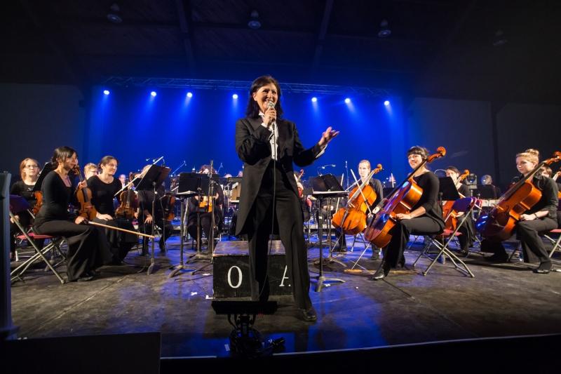 Spectacle d'ouverture des festivités avec l'Orchestre symphonique du 7e art (OSA) et hommage aux bâtisseurs