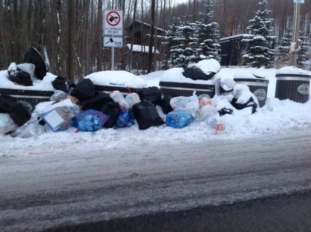 La Ville de Bromont prend des moyens pour que la situation de janvier 2018 ne se reproduise pas en 2019 en augmentant les levées des contenants semi-enfouis dans le secteur de la rue des Deux-Montagnes.